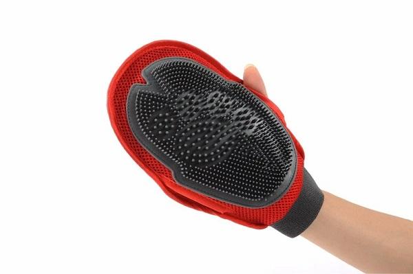 Силиконовая перчатка